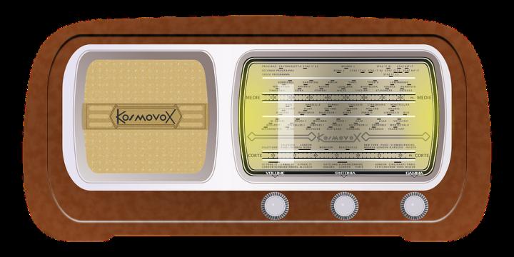 radio-158399_960_720